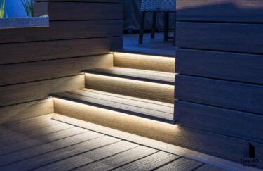 Trappe av Trex kompositt trevirke med LED belysning fra Trest entreprenør AS i Oslo og Akershus