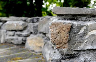 Trest Entreprenør bygge mur av naturstein i oslo og akershus